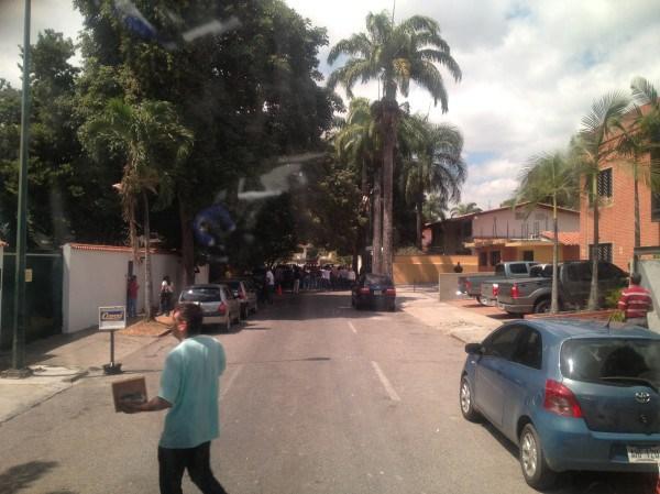EstudiantesEmbajadaCuba1